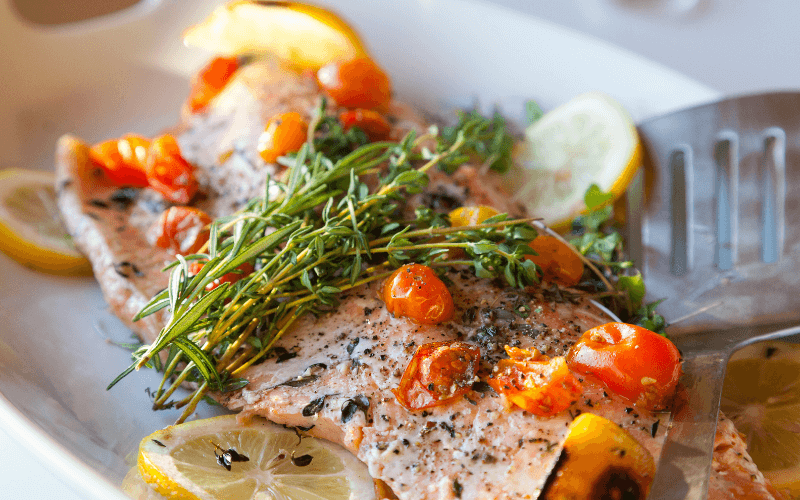 Does Thyme Go With Salmon