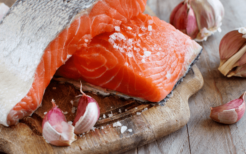How To Use Garlic On Salmon