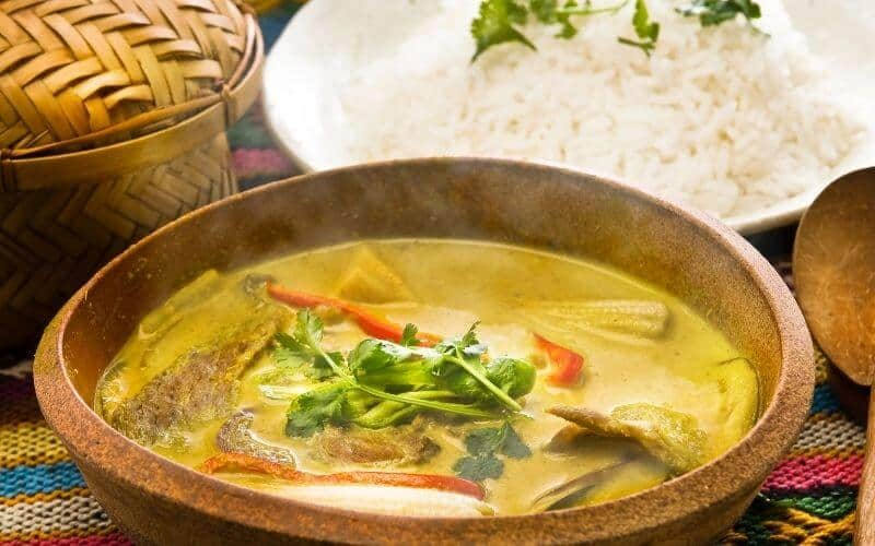 How is Yellow Curry Made